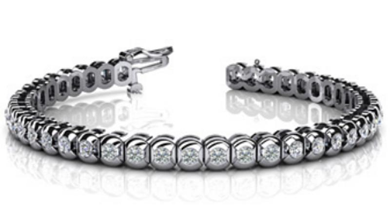 Picture of Classic Full Bezel Diamond Tennis Bracelet