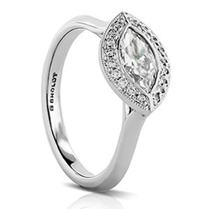 Picture of R529   Diamond Engagement Rings