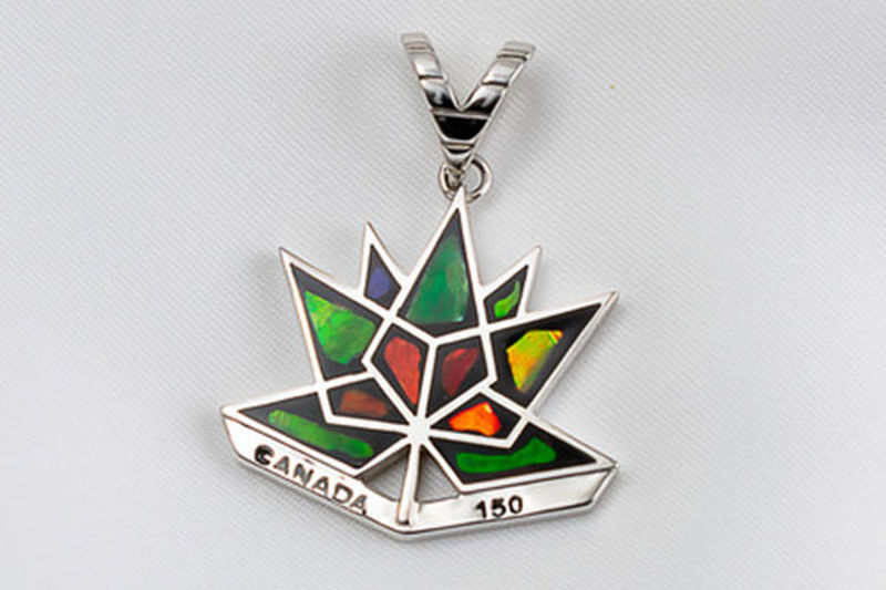Picture of Canada 150 Official Silver Pendant